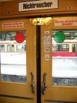 Fotos von fotos von innen fotografierten Zügen