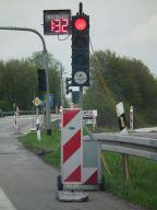 Lichtsignalanlage mit Restzeitanzeige an einer Baustelle in Hessen